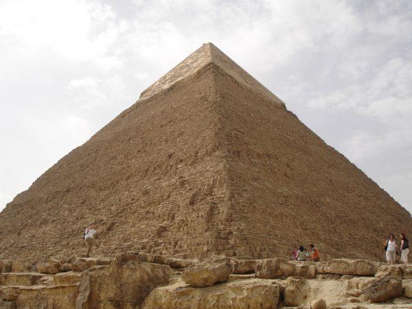 DSC05213-Pyramids of Giza and the Sphinx